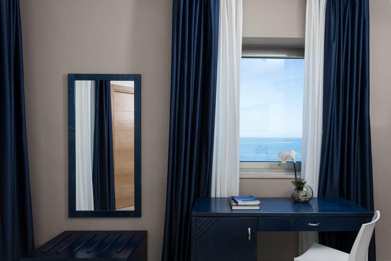 Hotel belvedere è un hotel a melendugno che dispone di oltre camere